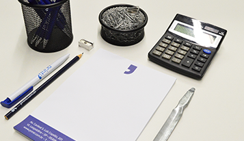Photo of 6 materiais personalizados para o seu escritório