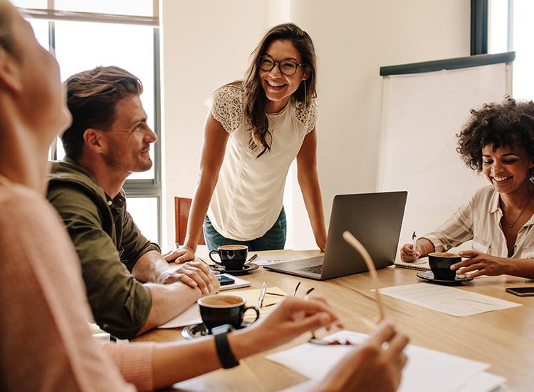 Reunião de marketing em agência