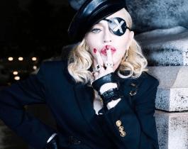Photo of Madonna bane celulares de seu show e mostra um grande contra da tecnologia