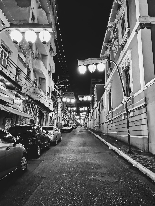 Noite no bairro da Liberdade